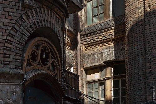 Секретный дом на Спиридоновской