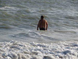 осень в Одессе:купаемся в море