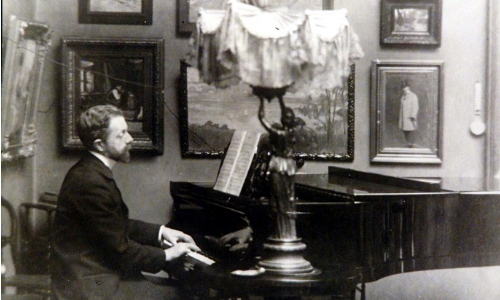 Буковецкий за роялем